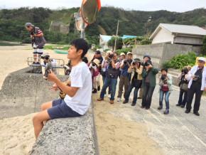 撮影風景大和村にて 地元若手唄者